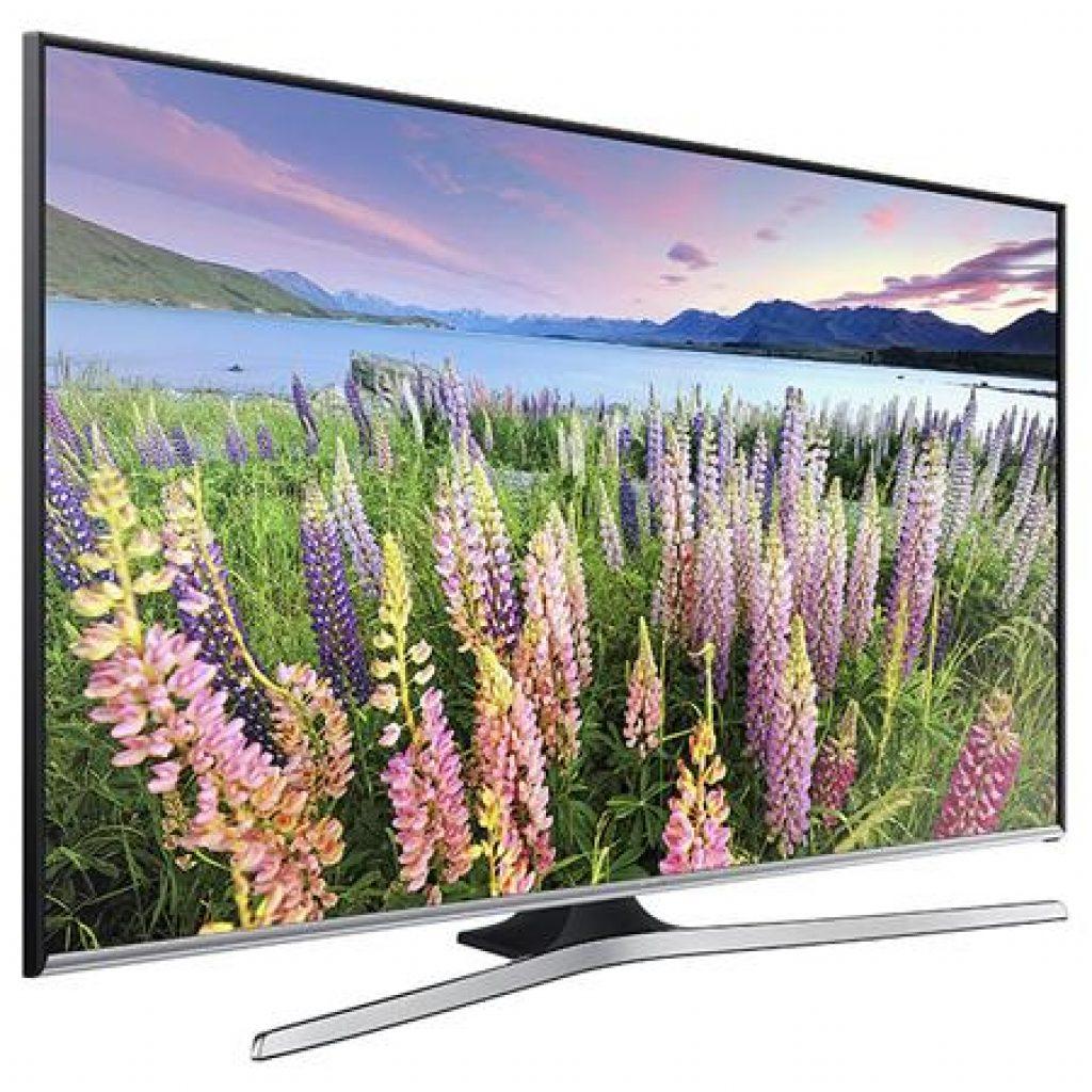 Samsung UE32J5500 lado