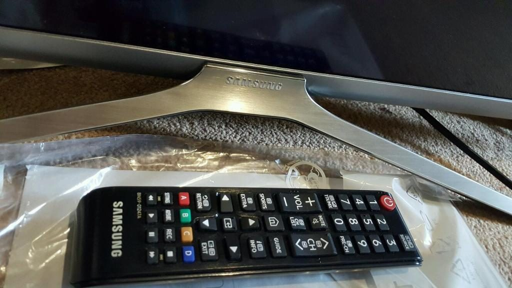 Samsung UE32K5600 mando