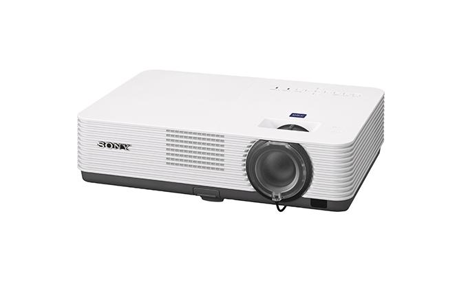 Sony VPL-DX270 es un proyector estándar