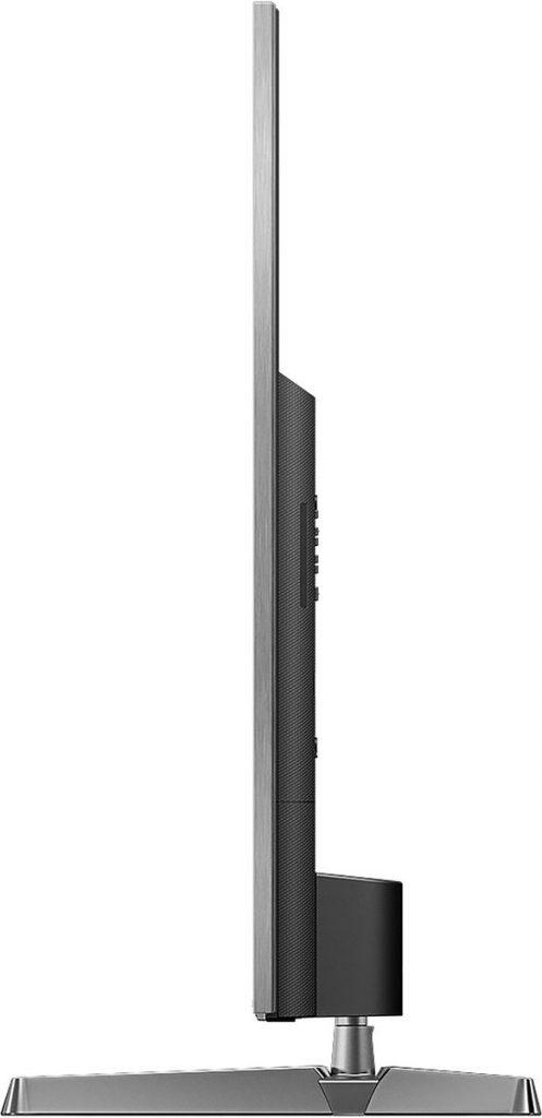 Panasonic TX-75EX780E con perfil plano, 7 cm. de espesor y 62,5 kg de peso con soporte.