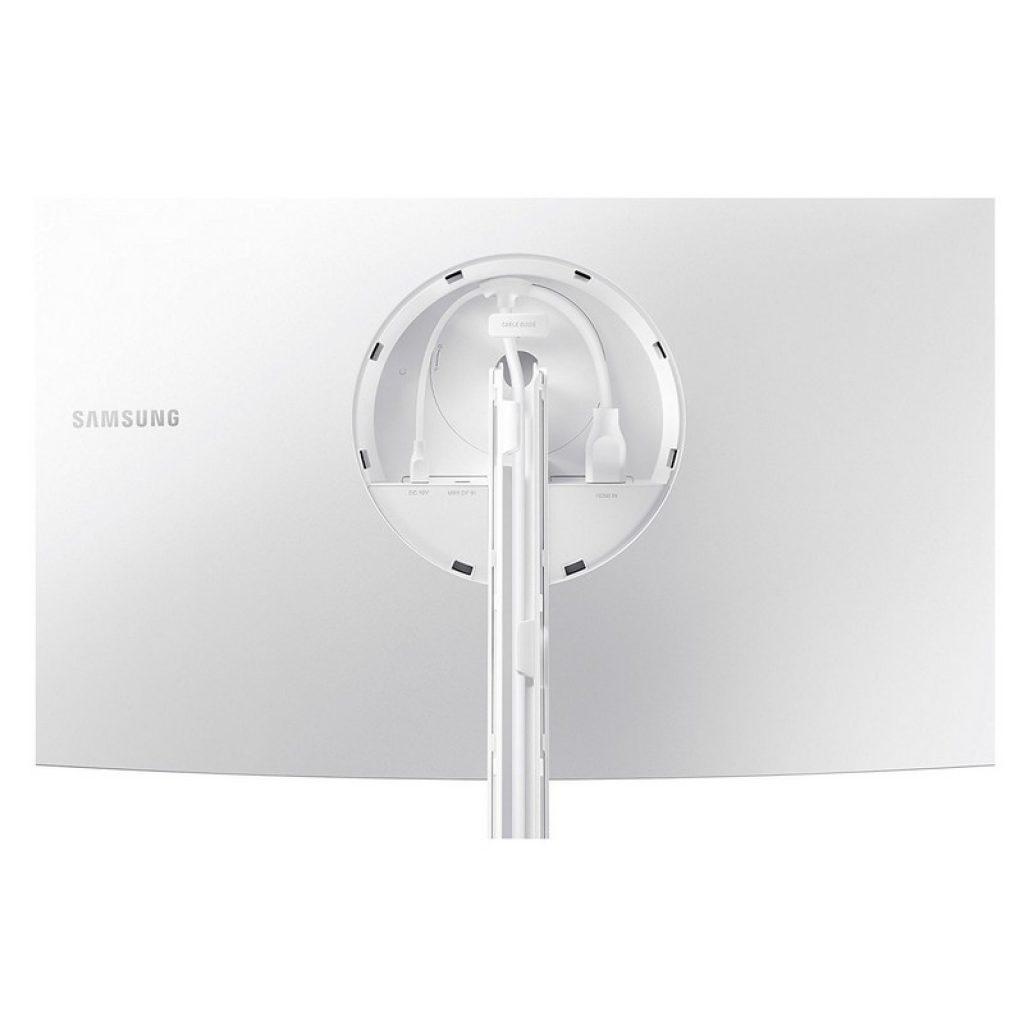 Samsung C32H711, conectividad