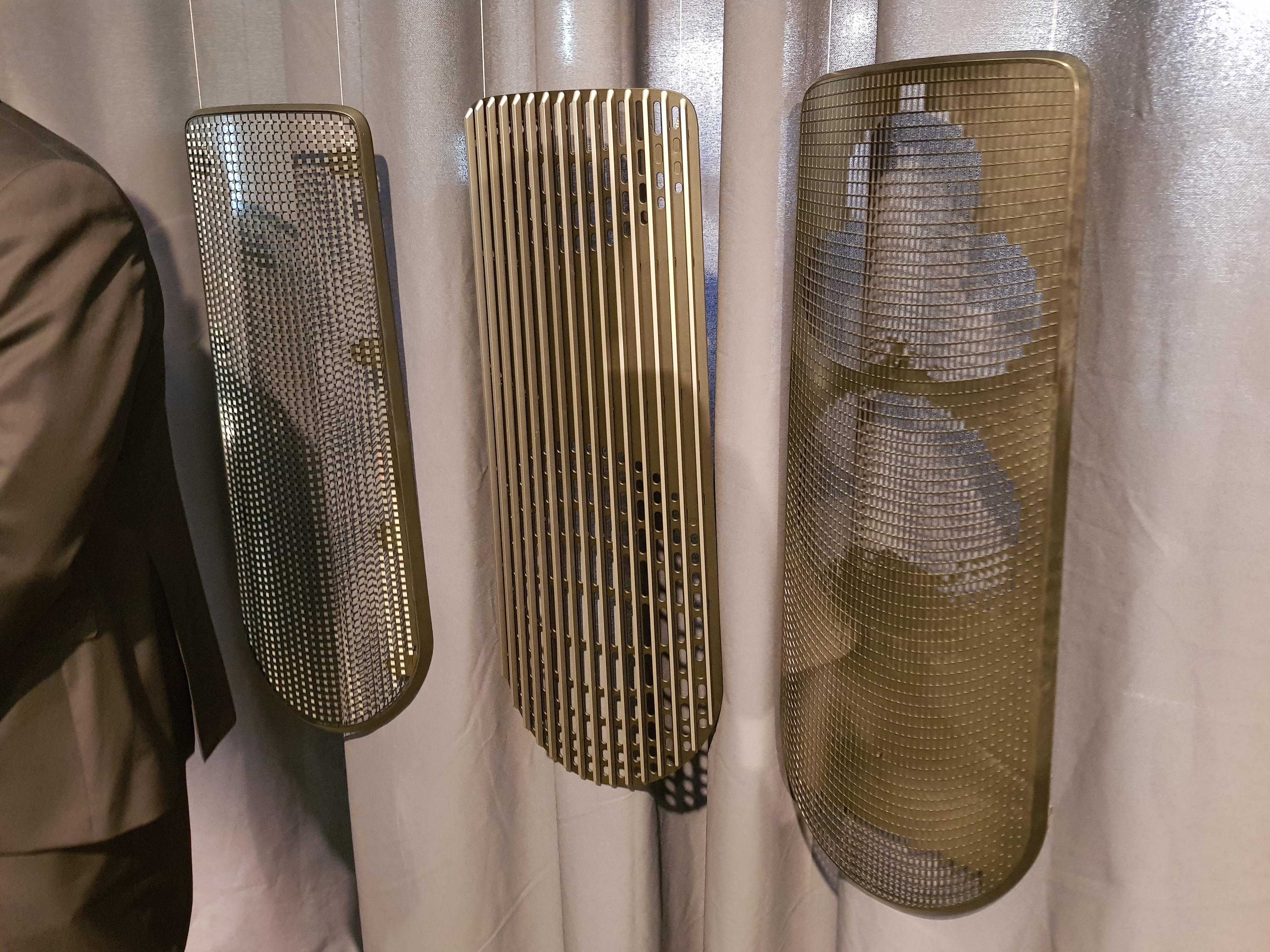 Estos son los paneles del altavoz