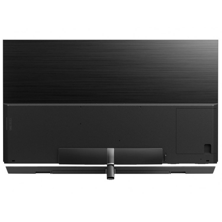 Muchos de los conectores se alojan en el trasero del televisor, donde quedan ocultos