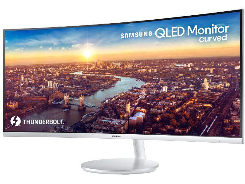 monitor curvo con Thunderbolt 3