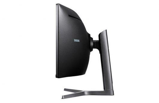 Samsung C49RG90 - Diseño lateral