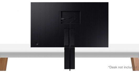 Samsung S32R750U - Diseño posterior inclinado