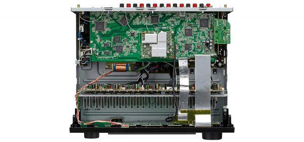 Denon AVR-X3500H - Diseño interno