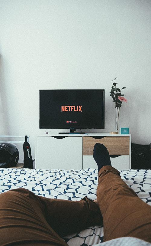 televisor en el dormitorio