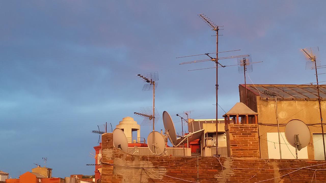 mover las antenas de televisión