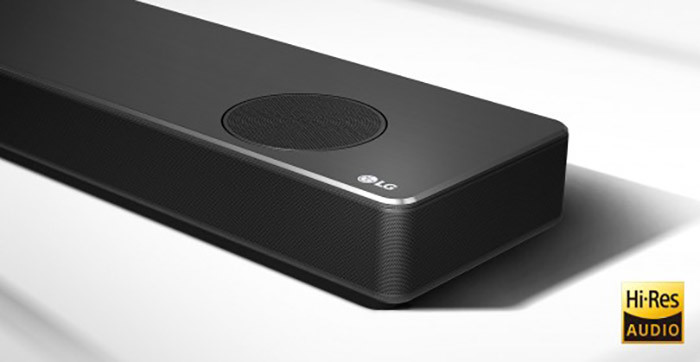 Aquí vemos uno de los modelos de barra de sonido LG que se presentará con IA este 2020