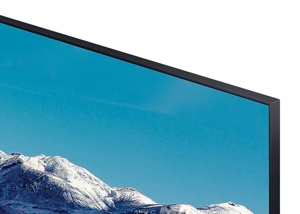 Vemos que los biseles son estrechos e inexistentes en la parte frontal del Samsung 43TU8505