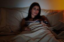 ¿Te quedas dormido frente al televisor? ¡Cuidado!